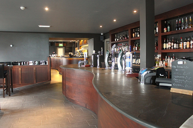 Architectural slate products - Curved bar